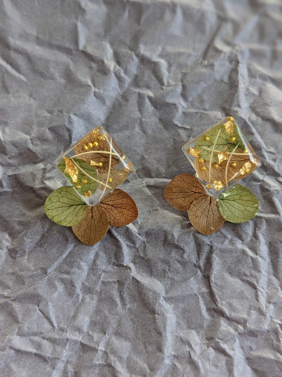 Handmade geniue flower earrings-Koi