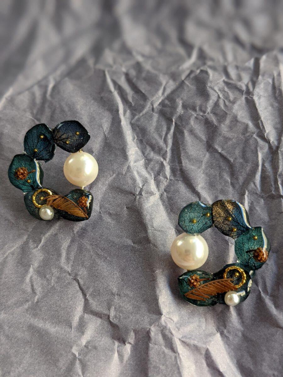Handmade geniue flower earrings-Viridis